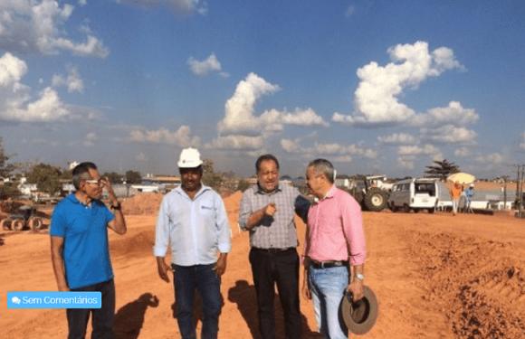 """Luiz Cláudio assegura recursos federais também para o viaduto """"Três e meio"""""""
