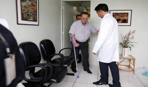 Hospital diz que Maluf está com trombose venosa profunda e metástase