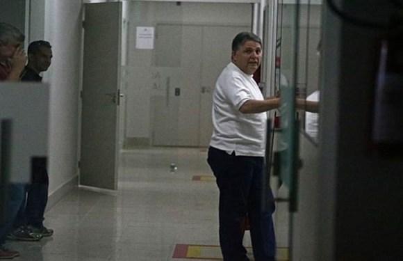 Ex-governador Anthony Garotinho inicia greve de fome na cadeia