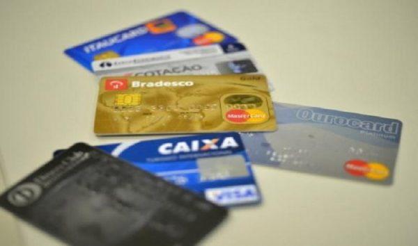 Demanda do consumidor por crédito tem maior aumento em 6 anos
