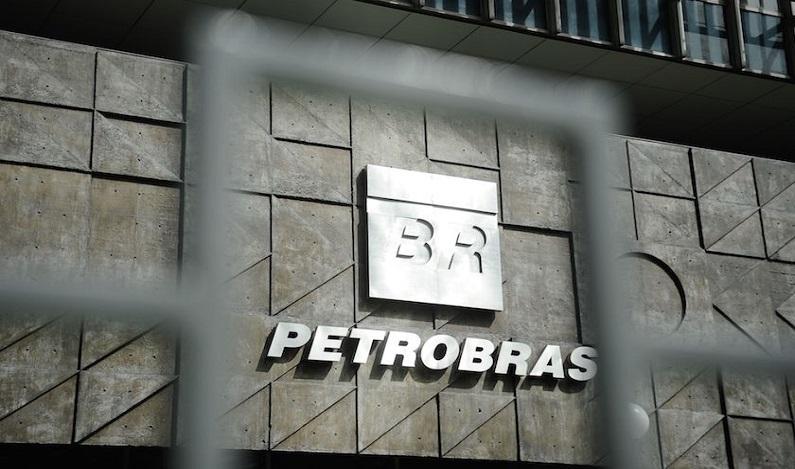 Petrobras recebe mais R$ 654 milhões da Lava Jato