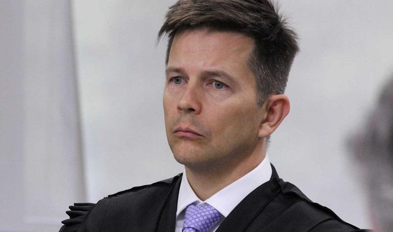 Revisor defende prisão do ex-presidente após fim de recursos no TRF-4