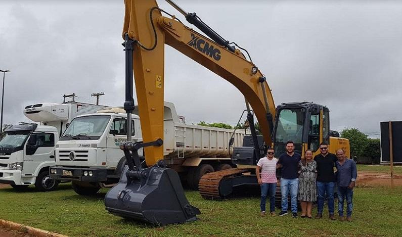 Deputada Estadual Rosangela Donadon comemora chegada de maquinário para atender produtores de Vilhena