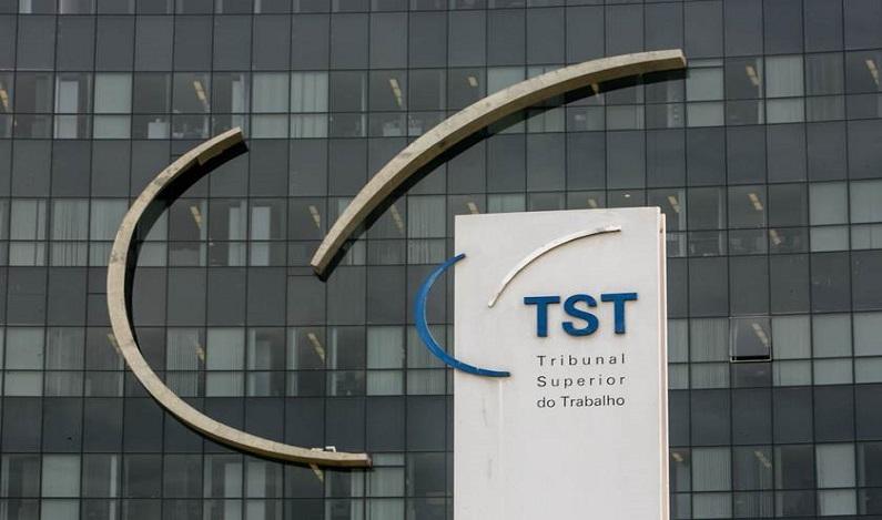 TST mantém regra que permite demissão sem aval de sindicato