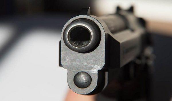 Oficiais de justiça querem aprovação de porte de arma para a categoria