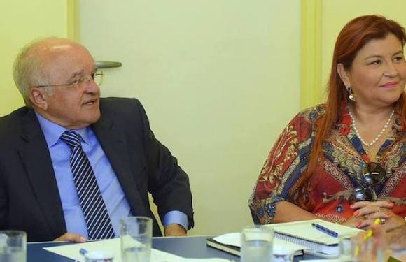 Ex-governador do AM e esposa ameaçavam testemunhas e esconderam documentos, diz juíza