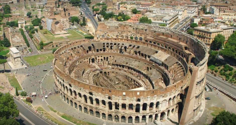 Turista brasileiro é detido por usar drone no Coliseu