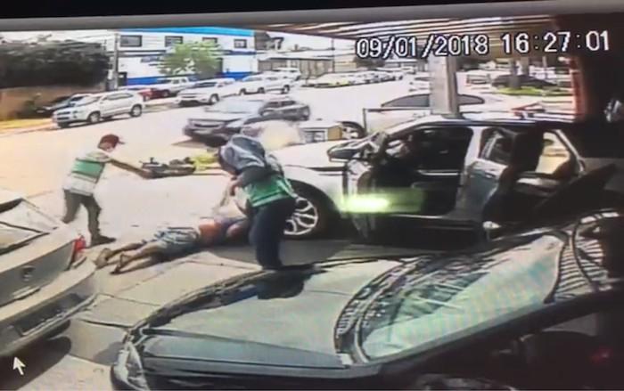 Comerciante é morto com 20 tiros em Goiânia; câmeras flagraram ação do atiradores, veja
