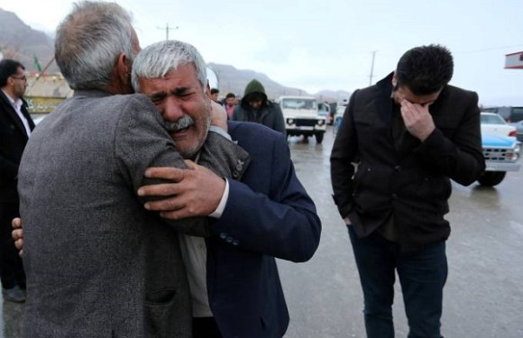 Destroços de avião iraniano são encontrados em região montanhosa