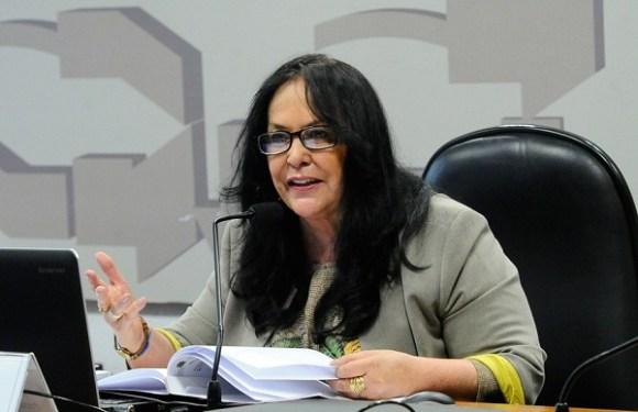 CAS vota aumento da licença-maternidade e permissão para que seja compartilhada com o pai