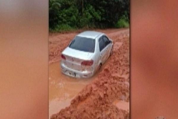 Casal é encontrado morto dentro de carro atolado na Transamazônica