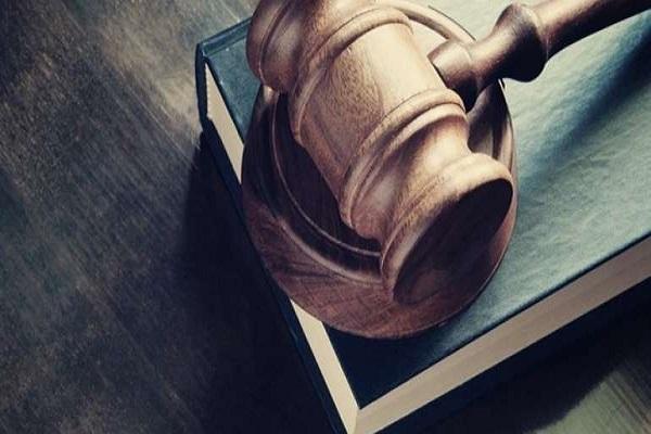 """Homicida tenta anular sua condenação por """"choro"""" dos jurados"""