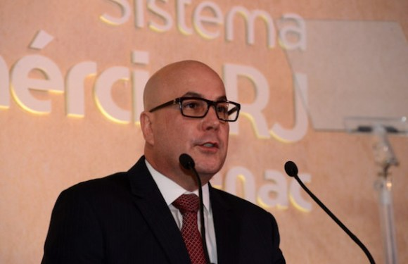 PF prende presidente da Fecomércio-RJ e investiga desvio de recursos do Sesc e do Senac