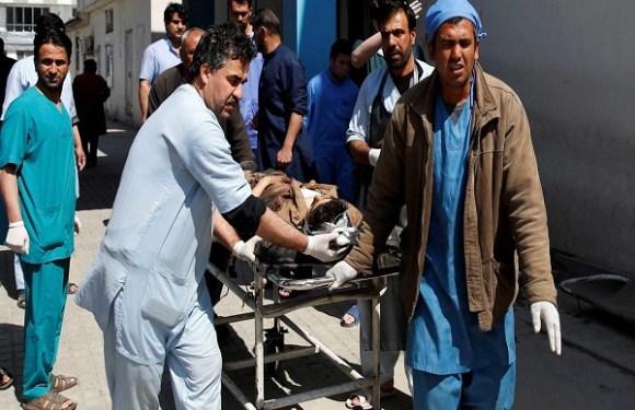 Atentado suicida em Cabul deixa pelo menos 26 mortos e 18 feridos