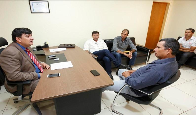 Vereadores de Parecis agradecem deputado Cleiton Roque por convênio para recuperação de estradas