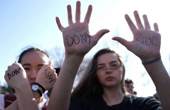 Senado da Flórida rejeita proposta para armar professores