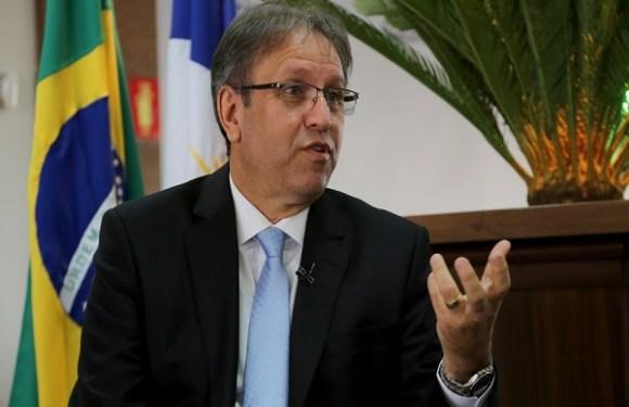 Ex-governador do TO é condenado a mais de 13 anos de prisão por contratação irregular e apropriação de recursos
