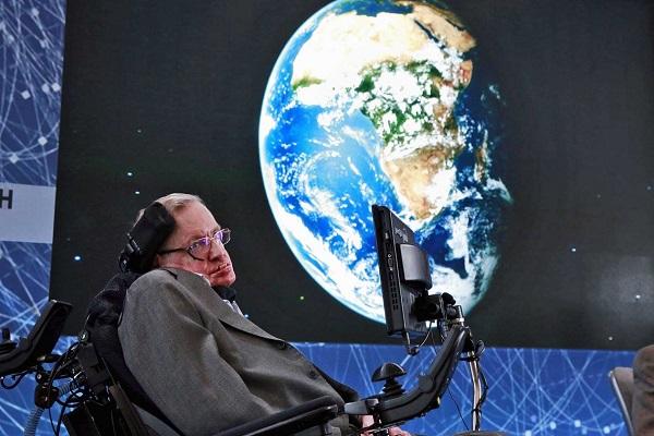 Morre aos 76 anos Stephen Hawking, um dos maiores cientistas do mundo
