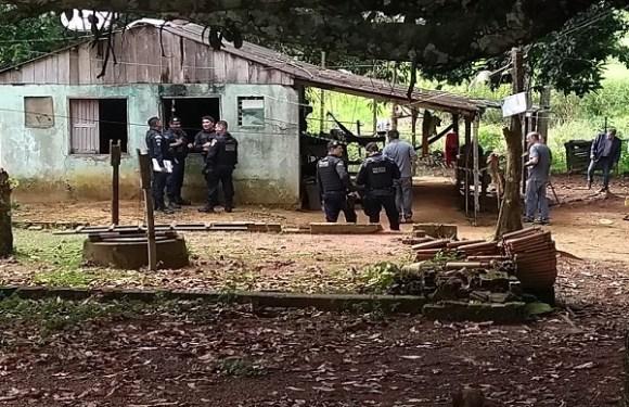 Três homens são assassinados a tiros em chácara de Porto Velho