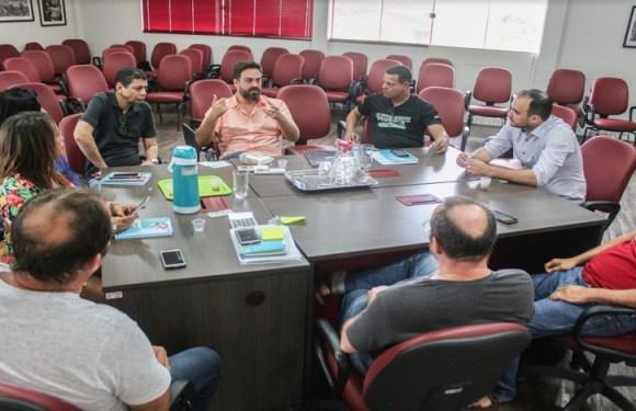 Deputado Léo Moraes solicita reparos para melhorar sistema de captação de água na capital