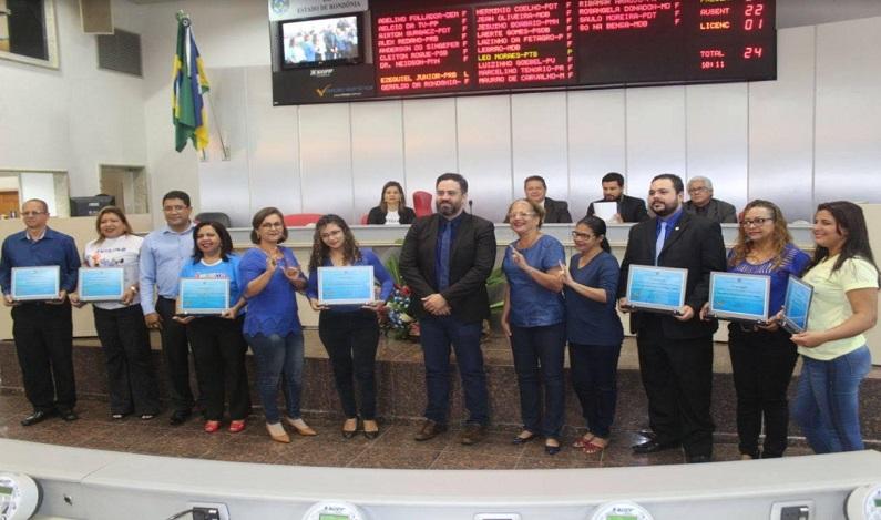 Léo Moraes realiza sessão solene em alusão ao Dia Mundial de Conscientização do Autismo