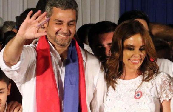 Mario Benítez vence eleição no Paraguai e promete país sem divisões