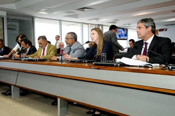 Comissão de Direitos Humanos do Senado fará vistoria na cela de Lula