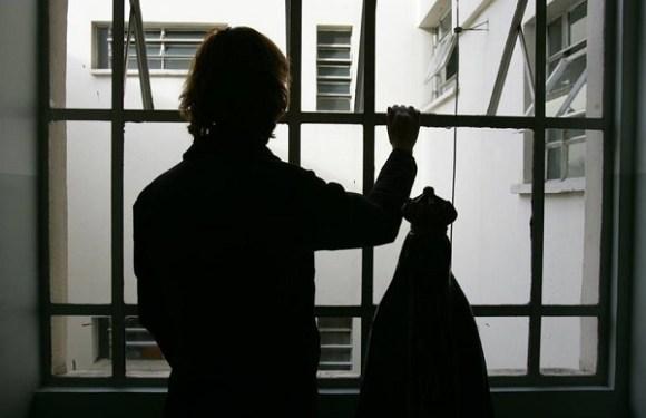 MPF denuncia mulher que trancou empregada por uma semana sem comer