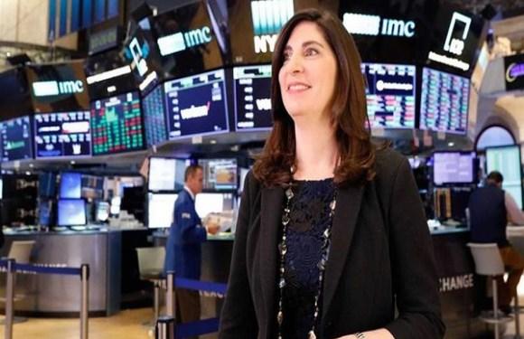 Pela primeira vez em 226 anos, mulher comandará Bolsa de Valores de NY