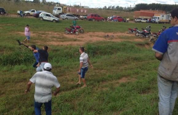 Jornalistas da Globo, Band e SBT são agredidos por manifestantes em Vilhena (RO) e são escoltados pela PM