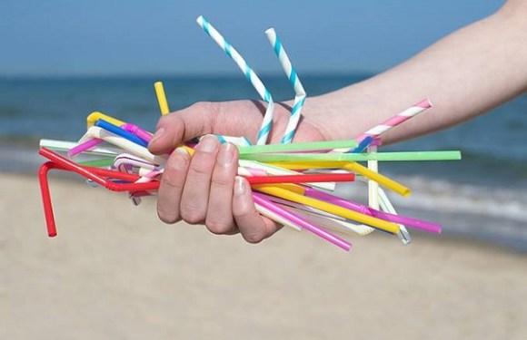 Rio de Janeiro é primeira cidade brasileira a proibir canudos plásticos