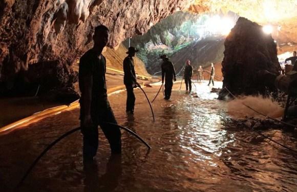 Chega a oito o número de meninos resgatados de caverna na Tailândia