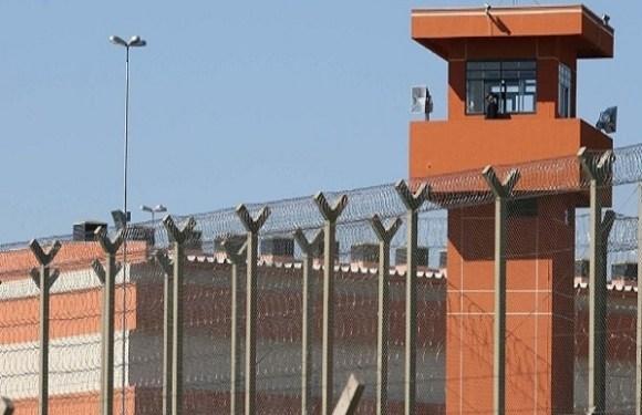 Agentes penitenciários de Porto Velho e de mais 3 presídios federais ameaçam parar escoltas em seus dias de folga