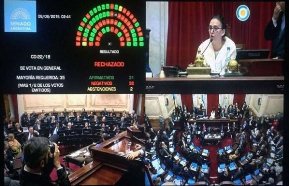 Senado argentino barra legalização do aborto; países latino-americanos são os que mais restringem prática no mundo