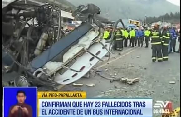 Acidente provoca a morte de 23 pessoas e fere outras 18 no Equador