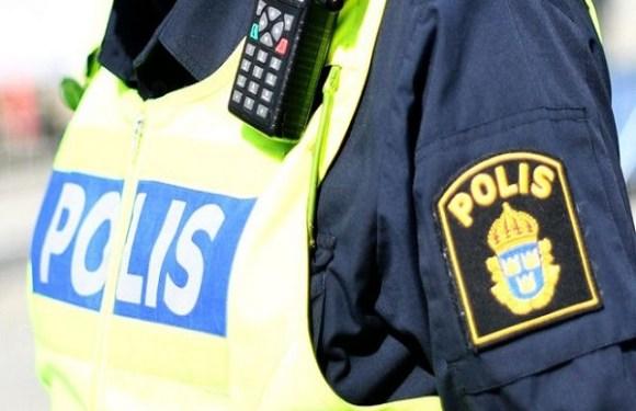 Polícia sueca mata jovem com síndrome de Down que carregava arma de brinquedo