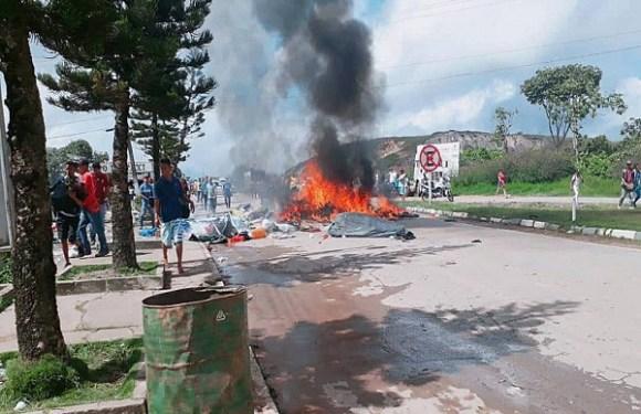Fronteira de Roraima vive sábado de confrontos entre brasileiros e venezuelanos
