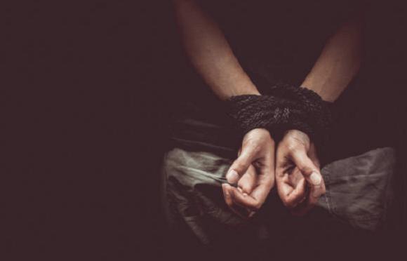 STJ não considera tortura caso em que vítima teve pimenta nos olhos e thinner em genitais