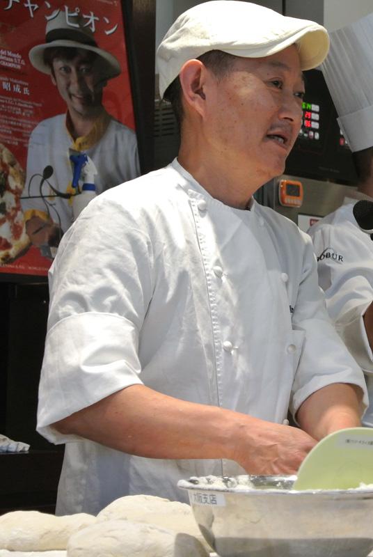 パン工房フルニエの坂田隆敏シェフ