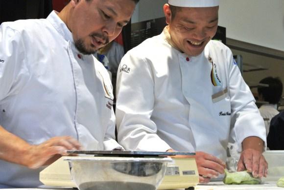 サ・マーシュ西川功晃シェフとブーランジェリーレカン割田健一シェフはモンディアル・デュ・パンのユニフォームで出演