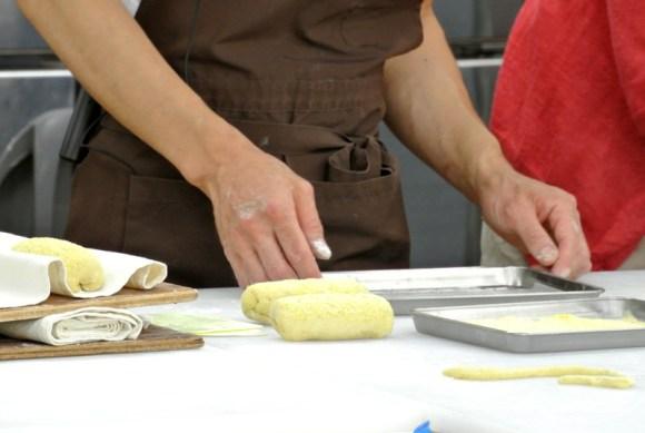 HANAKAGO「ポレンタパン」の成形
