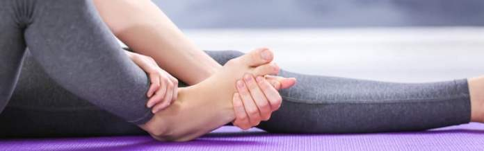 Prevention Tips for Foot Pain - foot rub