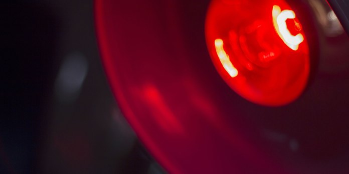 red light therapy eye conditions