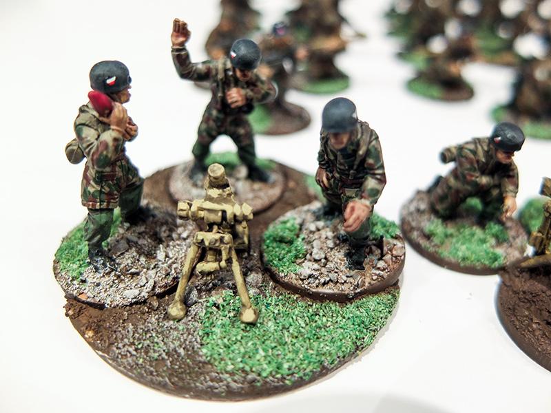 German Fallschirmjager Mortar Team