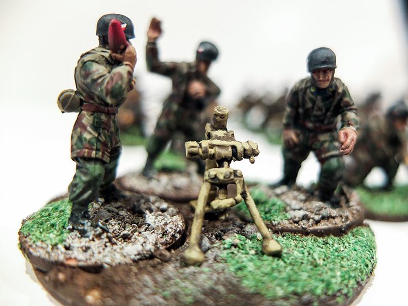 German Fallschirmjager Mortar Team