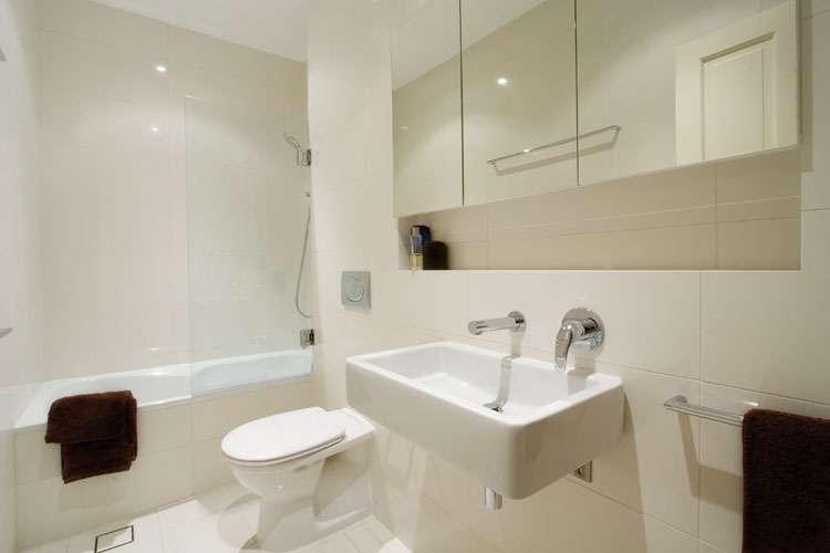 Bathtub Choosing Bathroom Renovations Surrey MC PaintandReno