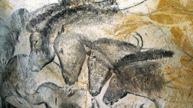 grotte-ornee-de-pont-darc_lemonde-fr