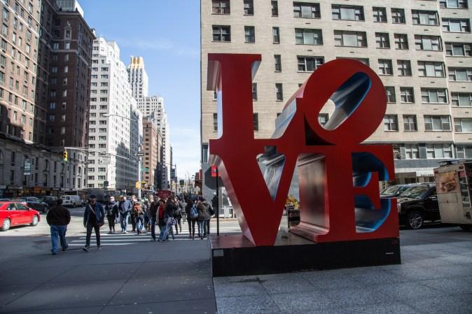 lnew-york_ove-sculpture