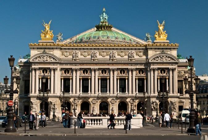 paris_opera_full_frontal_architecture_may_2009_peter-rivera_upload-wikimedia-org