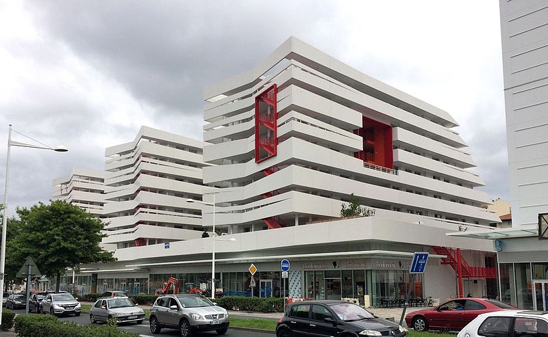 LE_COL_ANGLET_ARCHITECTURE_MODERNE